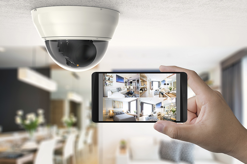 Home CCTV viewed via smart phone