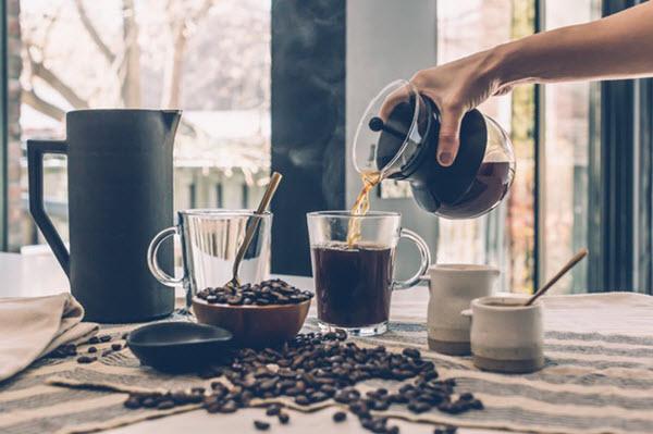 light roast coffee myth