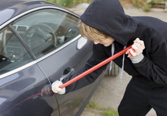 locked-keys-in-car