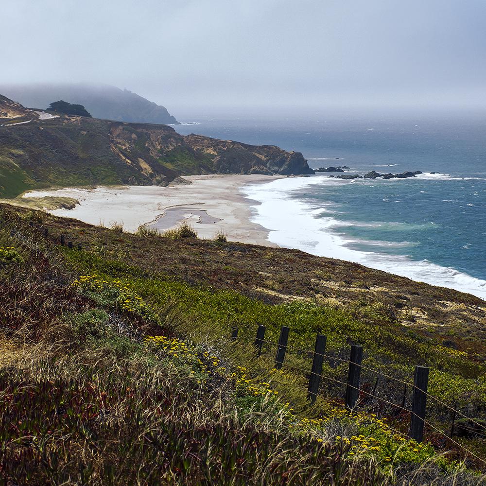 Pacrific coast along Big Sur