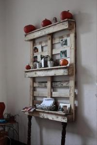 pallet ideas, kitchen shelf - Dump A Day