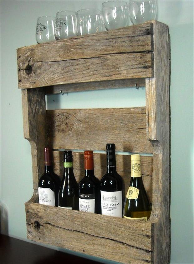 glasses and wine bottle holder made from old pallets
