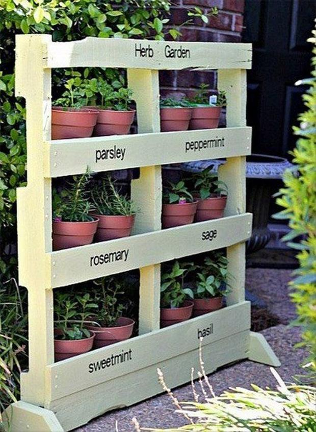 Amazing Uses For Old Pallets  40 Pics