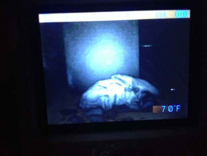 Do Babies On Monitors Freak Anyone Else Out  10 Pics