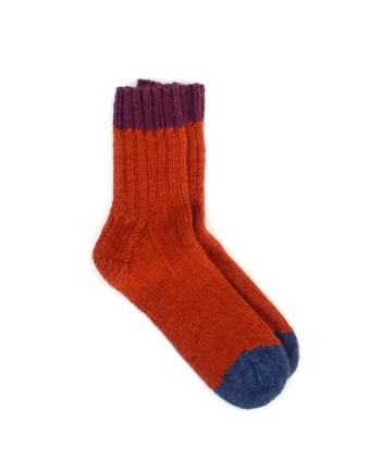 handgebreide sokken brique