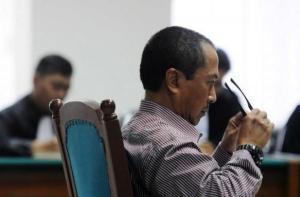 Bachtiar Abdul Fatah saat menjalani sidang kasus bioremediasi di Pengadilan Tipikor.
