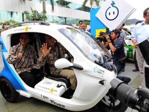 Ini Syarat Isi Ulang Daya Kendaraan Listrik di Rumah