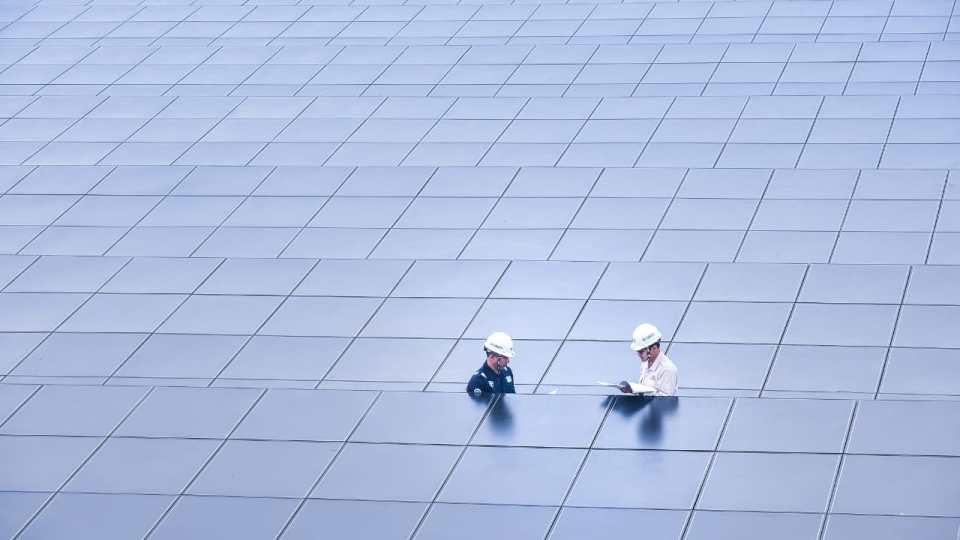 Hingga Oktober, Kapasitas Terpasang Pembangkit EBT PLN Baru 7.435 MW