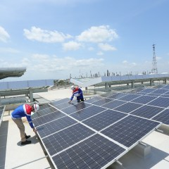 Bangun 500 MW PLTS, Pertamina Target Turunkan Emisi Karbon 630 Ribu Ton CO2 per Tahun.