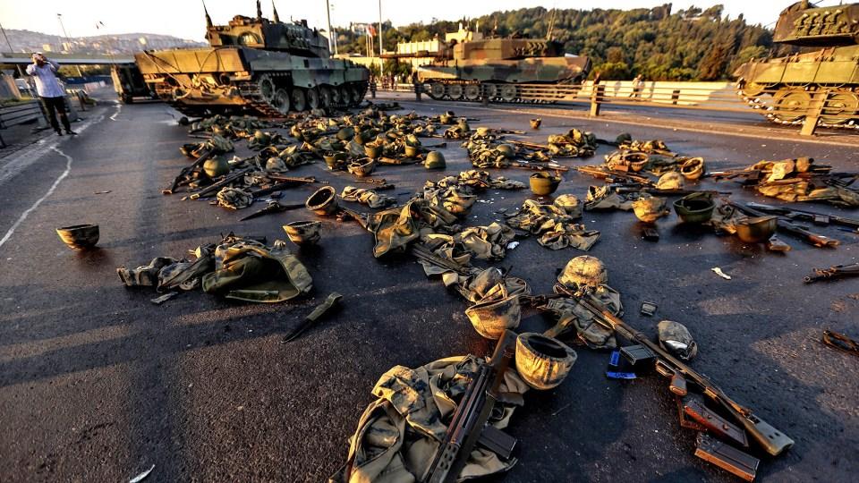 la-fg-turkey-coup-20160716-snap