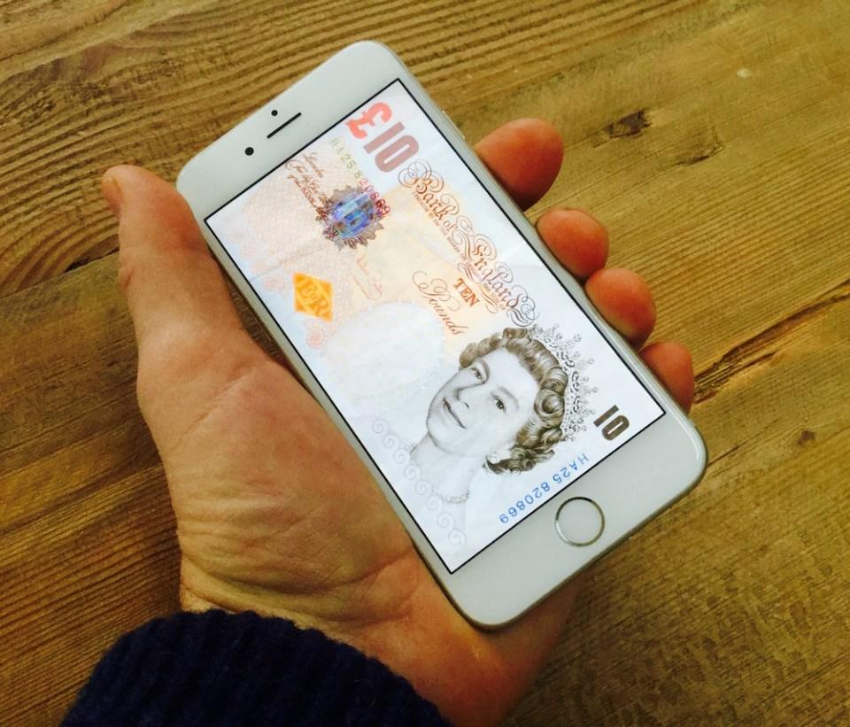 UK-Payments-iPhone-Money