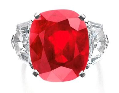 Sunrise Ruby (Gün Doğumu Yakutu): Mayıs 2015'te 30 milyon Dolar'a satıldı. (Elmas dışında bugüne dek satılan en pahalı taş).