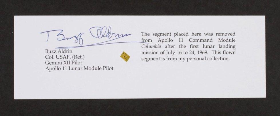 Apollo 11 kumanda modülü yüzeyi parçası