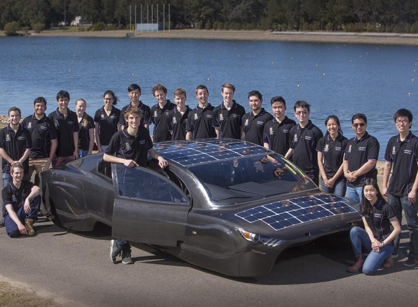 sunswift-violet-solar-electric-sedan-designboom-newsletter