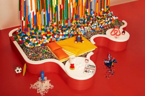 airbnb-lego-house-designboom-3