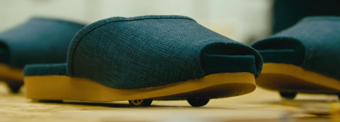 nissan-self-parking-slippers-designboom-1800