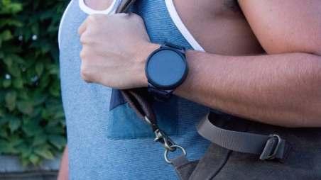 shell-smartwatch-smartphone-1