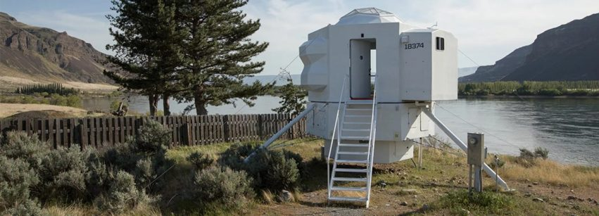 lunar-lander-tiny-home-space-kur0