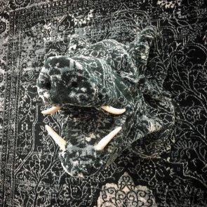 debbie-lawson-persian-rug-animal-sculptures-3-e1536056597363