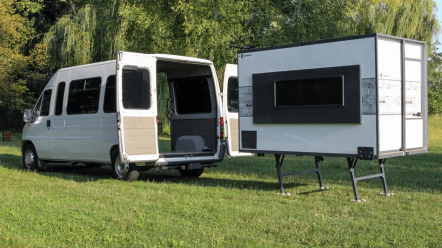 iocamper-transportable-folding-apartment-designboom-3