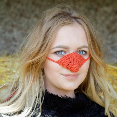 nose-warmers-for-always-cold-people-5bc5d45e5f81d__700