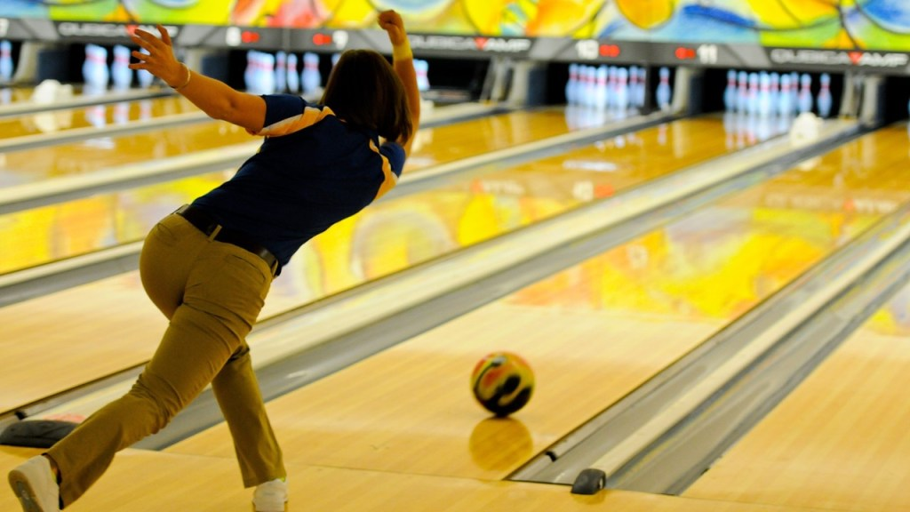 health benefits of playing bowling