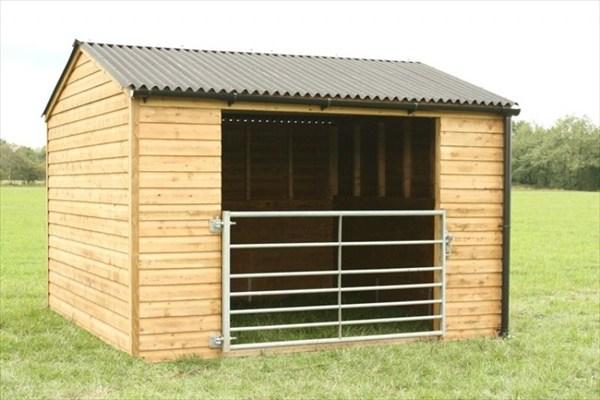DIY homemade horse shelter