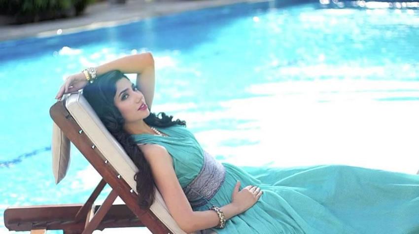 Mahira Khan Ney Bharti Adakaraaon ko Shikast Dy Di