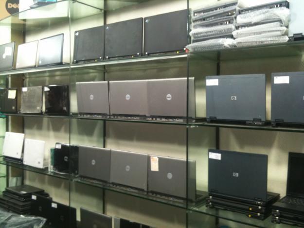 sell laptops in hanoi