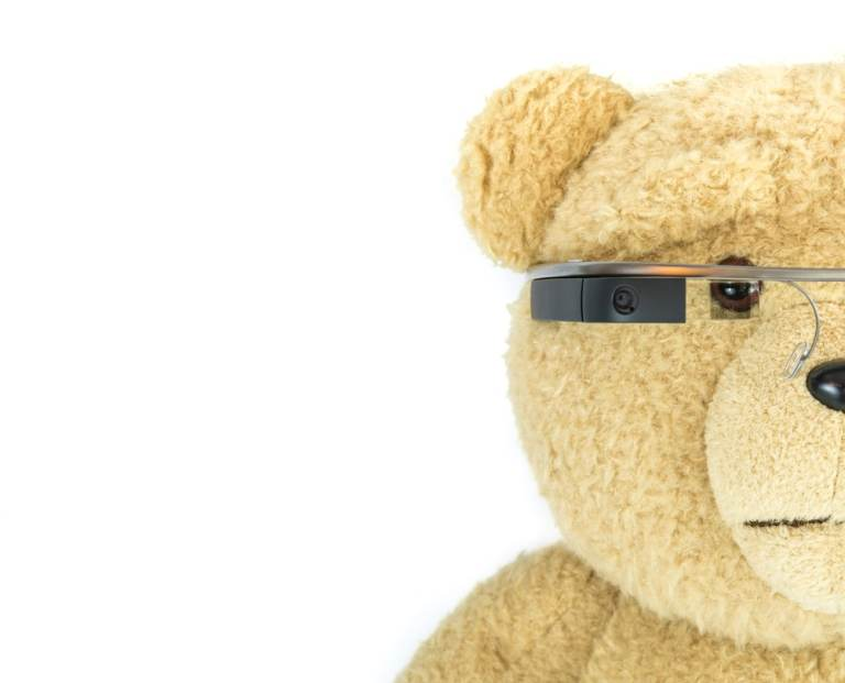 Google Glass : true game changer or care bear stuff ?