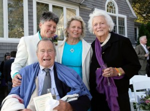 George H.W. Bush, Barbara Bush, Helen Thorgalsen, Bonnie Clement