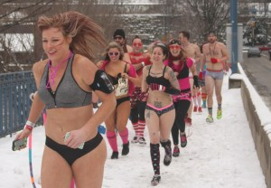 Pittsburghers Lose Clothes For Worthy Cause The Duquesne