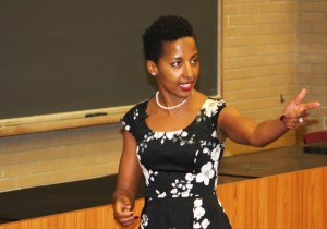 Kailey Love | Photo Editor Ayana Ledford gives a lecture on women in science in Mellon Hall Nov. 16.