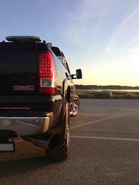5 inch exhaust with 7 inch tip  Chevy and GMC Duramax