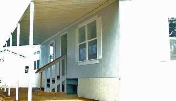 Six Alternatives to Mobile Home Skirting - DURASKIRT™ for Life! on a mobile home floor, a mobile home siding, a mobile home kitchen,