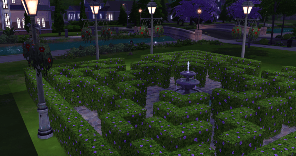 Sims 4 Adventures – Hedge Maze