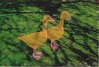 chicken-wire art | Dusky's Wonders