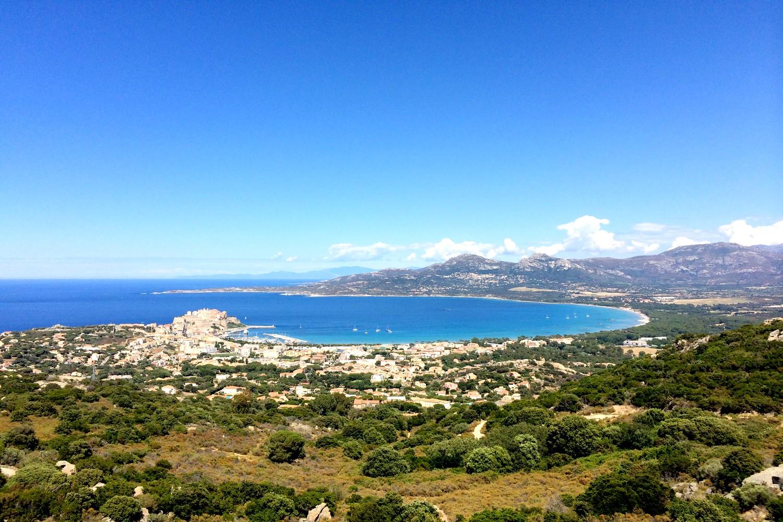 notre dame de la serra calvi panoramique baie de calvi blog voyage road trip
