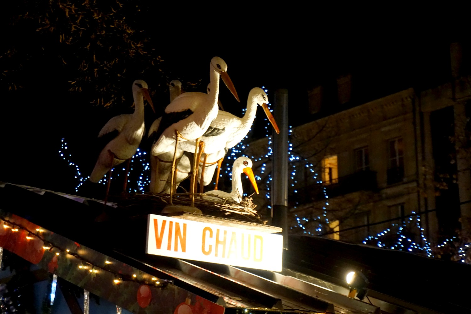 marche-de-noel-bordeaux-tourny-blog-couple-aquitaine-decorations-chalet-exposants-10