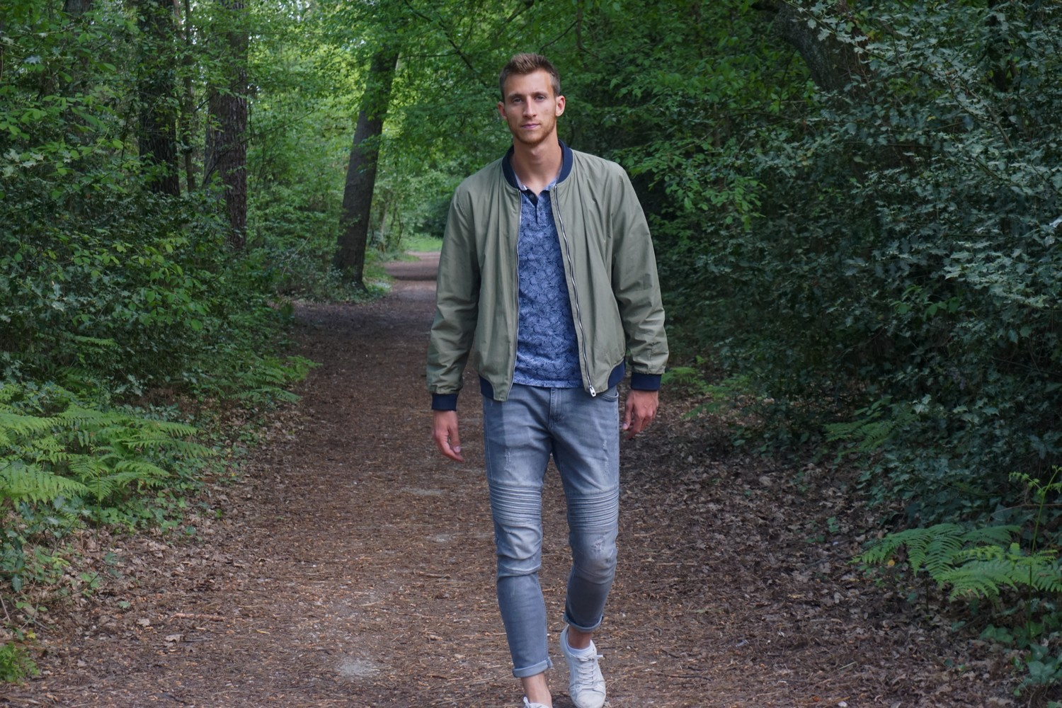 LOOK SPORTWEAR CHIC HOMME BOMBER ZARA PRINTEMPS BLOG BORDEAUX MODE LIFESTYLE 08