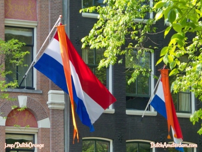 Orange banner with Netherlands flag