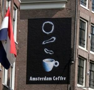 Amsterdam coffee -- Coffeeshop Dampkring, Haarlemmerstraat, Amsterdam