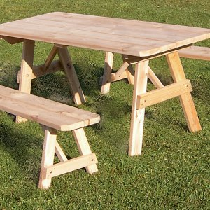 6' Traditional Table w/ 2 Benches