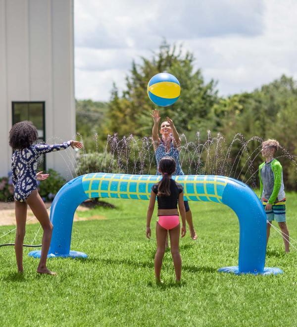 Hearthsong-Volleyball-Sprinkler