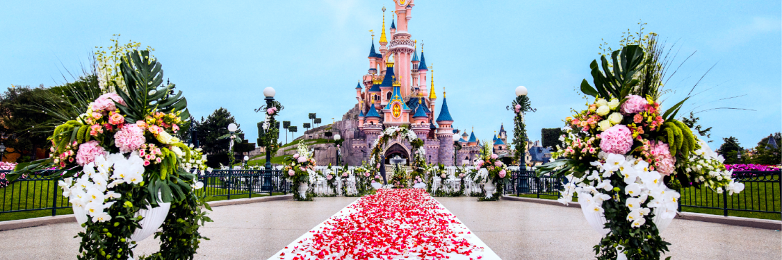Fairy Tale Weddings op Central Plaza