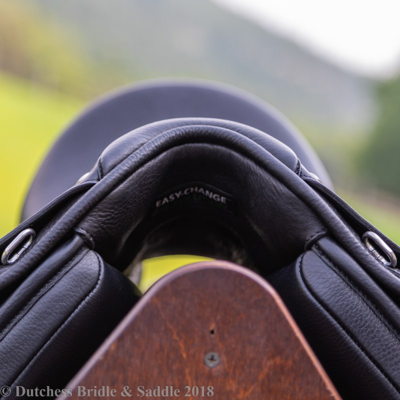 Bates Dressage+ Saddle pommel view