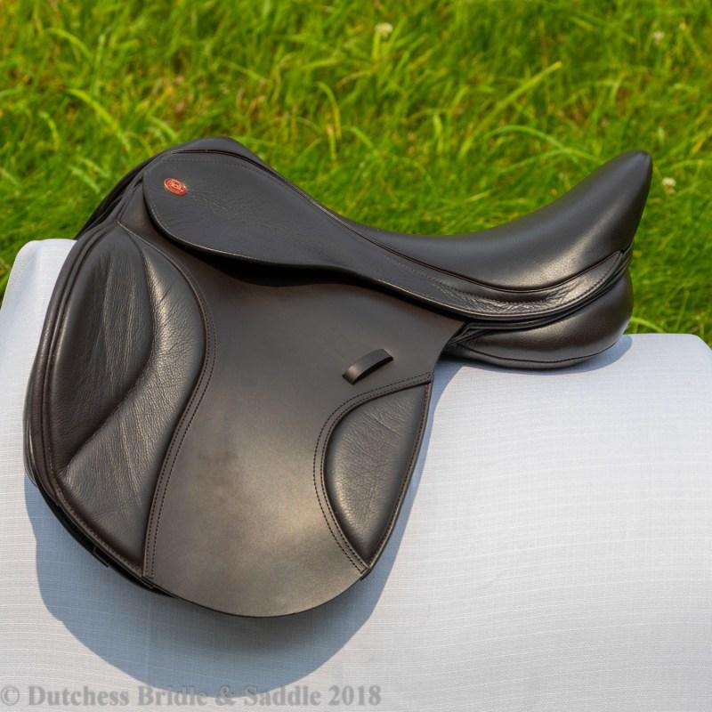 Kent & Masters S-Series Universal GP Saddle in black
