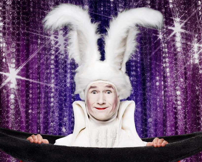 podiumact goochelaar Dion white rabbit