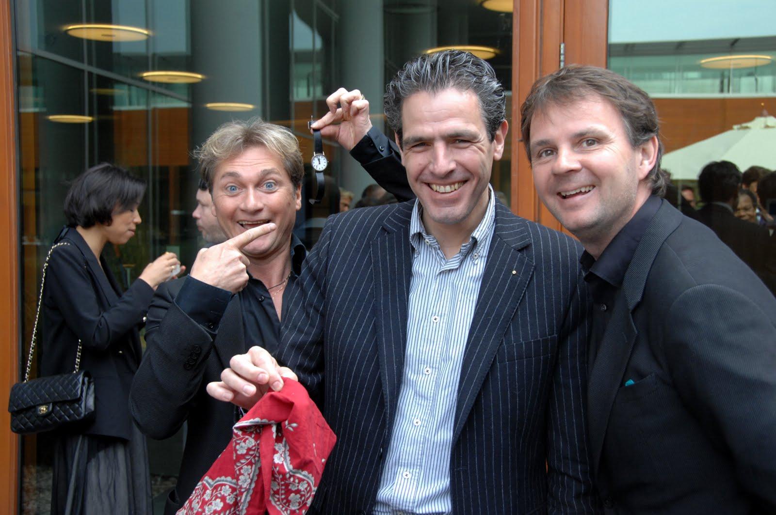 workshop zakkenrollen DUO TABLE-MAGIC door goochelaars Ronald Moray en Peter Vogel
