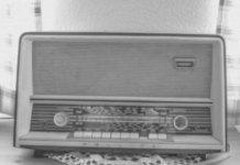 Luisteren naar de radio zorg voor goed humeur